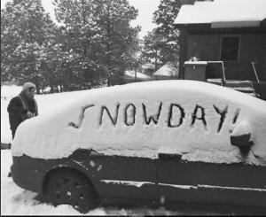 """""""#snowday #UCCS #Colorado"""" @zero.fox.given"""